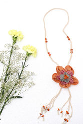 designer neckpiece for womens