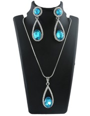 Buy Exclusive Collection of Pendant Design for Women at the Best Price